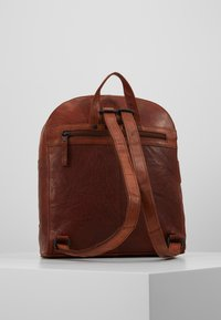 Spikes & Sparrow - Rucksack - brandy - 2