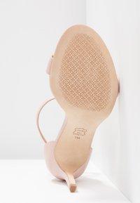 Tory Burch - ELLIE ANKLE STRAP - Sandály na vysokém podpatku - sea shell pink - 6