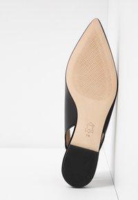 Tory Burch - KIRA SLINGBACK FLAT - Sling-Ballerina - perfect black - 6