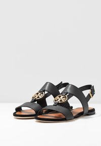 Tory Burch - METAL MILER TWO BAND  - Sandály - perfect black/gold - 4