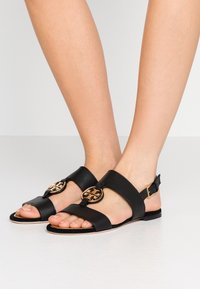 Tory Burch - METAL MILER TWO BAND  - Sandály - perfect black/gold - 0