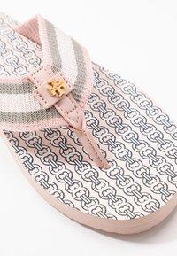Tory Burch - GEMINI LINK THIN  - Infradito - coastal pink - 2