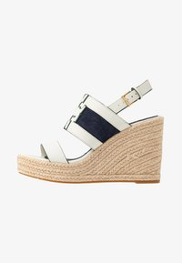 Tory Burch - INES WEDGE - Sandali con tacco - perfect ivory/royal navy - 1