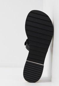 Tory Burch - MILLER PLATFORM  - Infradito - perfect black - 6