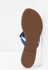 Tory Burch - MILLER - T-bar sandals - nautical blue - 6
