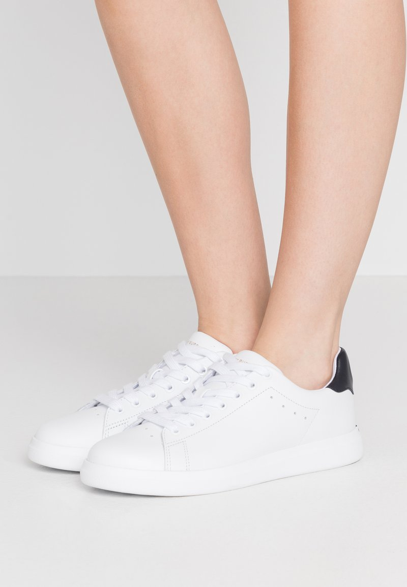 Tory Burch - VALLEY FORGE  - Sneakers laag - titanium white/tory navy
