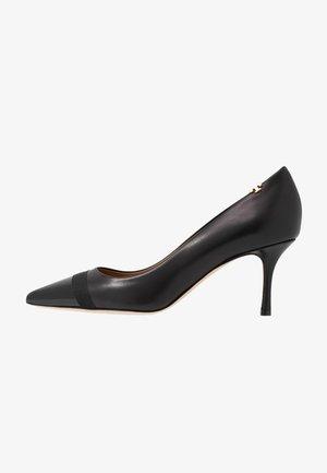 PENELOPE CAP TOE  - Classic heels - perfect black