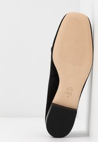 Tory Burch - METAL MILLER LOAFER - Nazouvací boty - perfect black/gold - 6