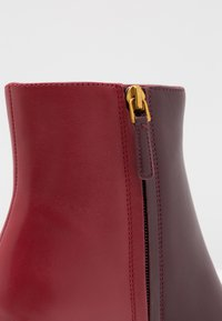 Tory Burch - BROOKE - Korte laarzen - new claret/dark redstone - 5