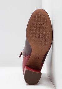 Tory Burch - BROOKE - Korte laarzen - new claret/dark redstone - 4