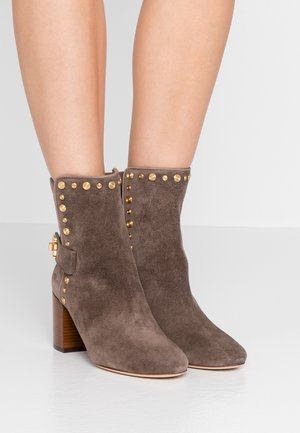 KIRA STUD BOOTIE - Classic ankle boots - taupe