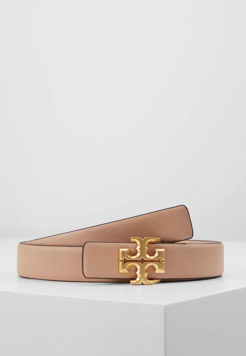 Tory Burch - KIRA LOGO BELT - Belt - devon sand/gold-coloured