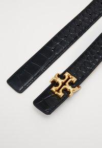 Tory Burch - KIRA EMBOSSED LOGO BELT - Cintura - black - 1