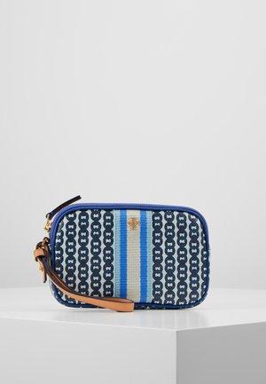 GEMINI LINK WRISTLET - Geldbörse - bondi blue