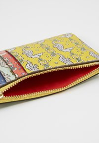 Tory Burch - PERRY PRINTED TOP ZIP CARD CASE - Peněženka - yellow - 2