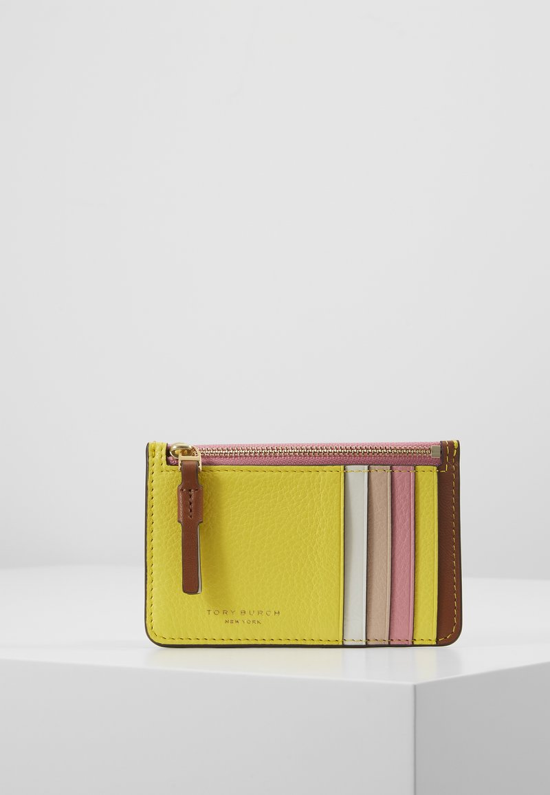 Tory Burch - PERRY COLOR BLOCK TOP ZIP CARD CASE - Peněženka - goan sand/electric yellow/pink city