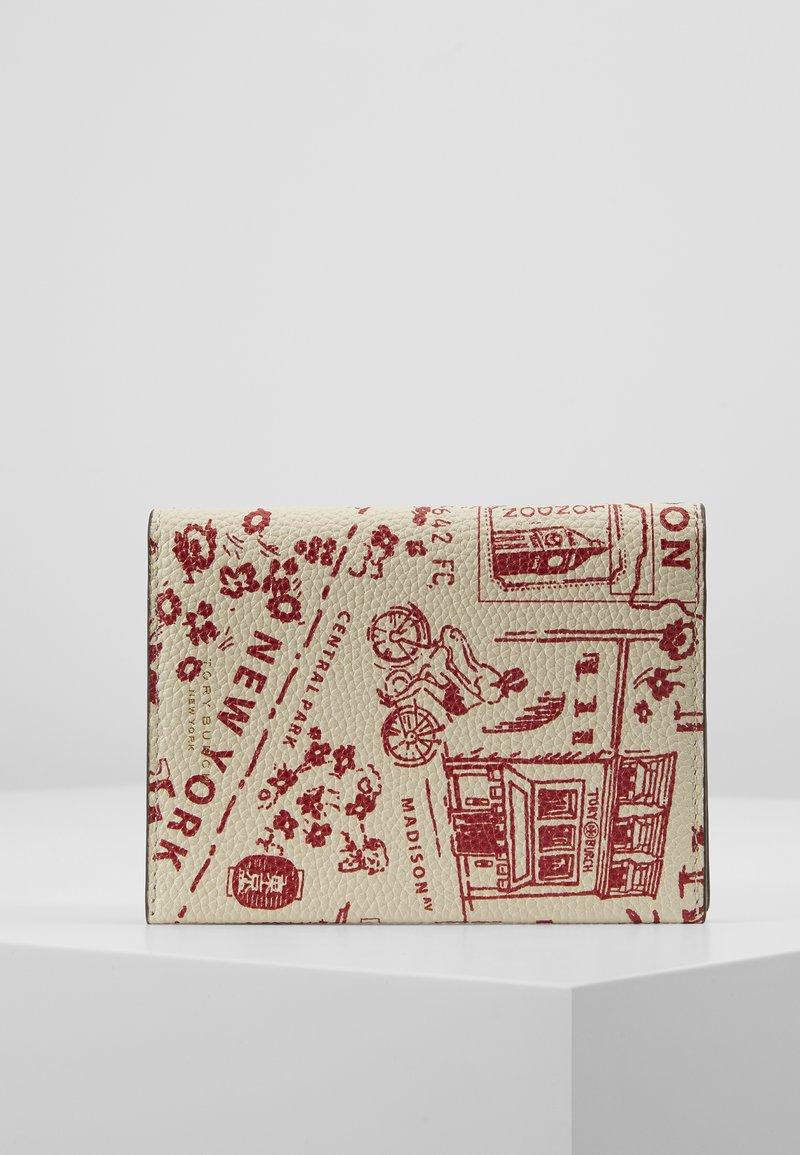 Tory Burch - PERRY PRINTED PASSPORT CASE - Passport holder - red destination