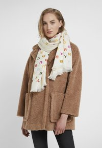 Tory Burch - TORY TEXT LONG SCARF - Bufanda - new ivory - 0