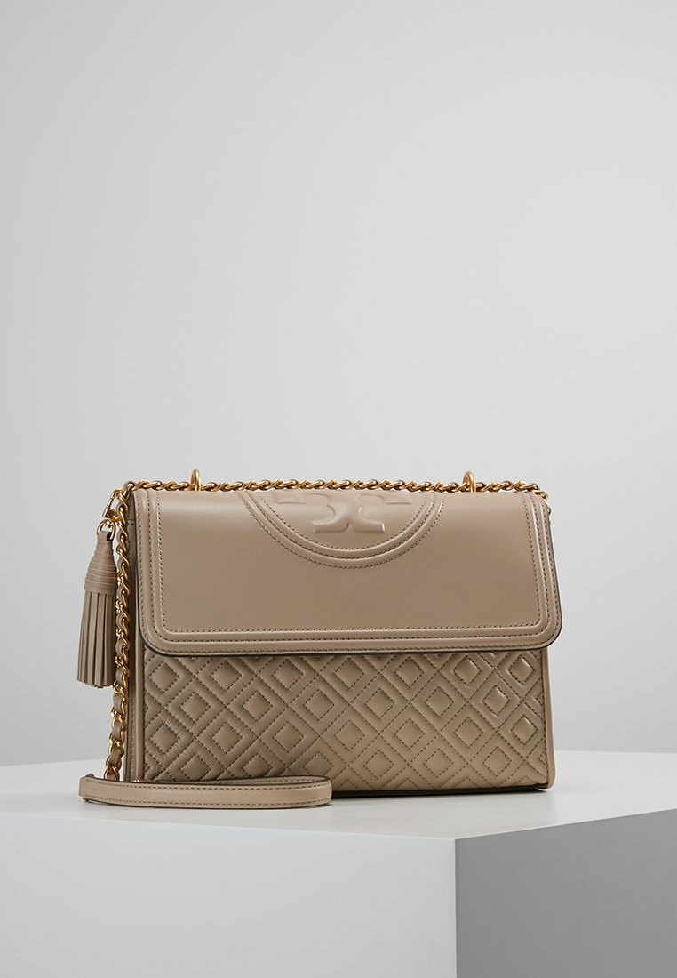 Tory Burch - FLEMING CONVERTIBLE SHOULDER BAG - Bolso de mano - light taupe