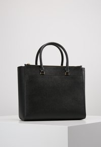 Tory Burch - ROBINSON DOUBLE-ZIP TOTE - Handbag - black / royal navy - 2