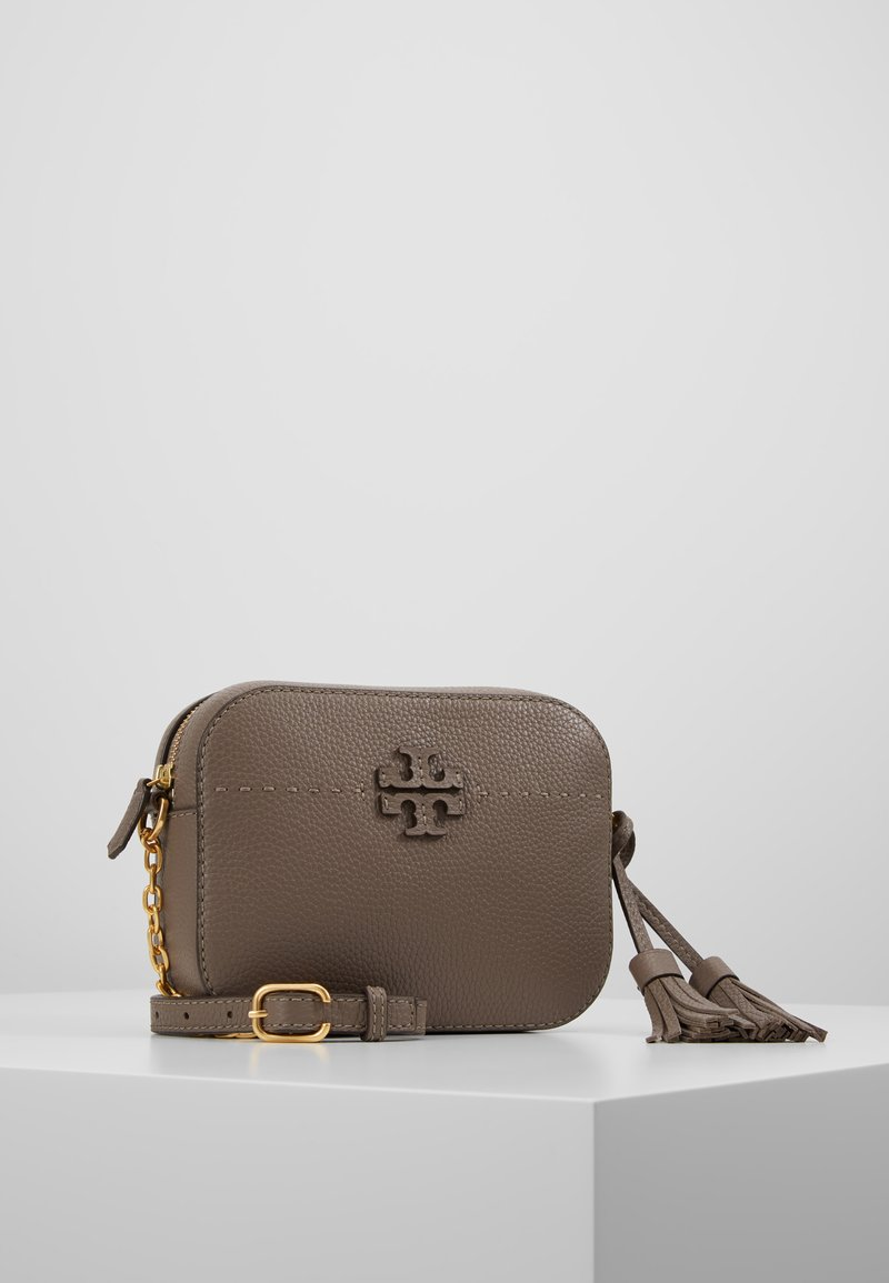 Tory Burch - MCGRAW CAMERA BAG - Across body bag - silver maple
