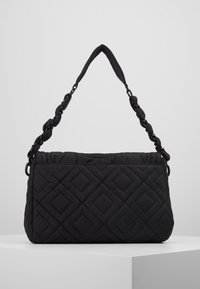 Tory Burch - FLEMING QUILTED SMALL FLAP SHOULDER BAG - Bolso de mano - black - 2