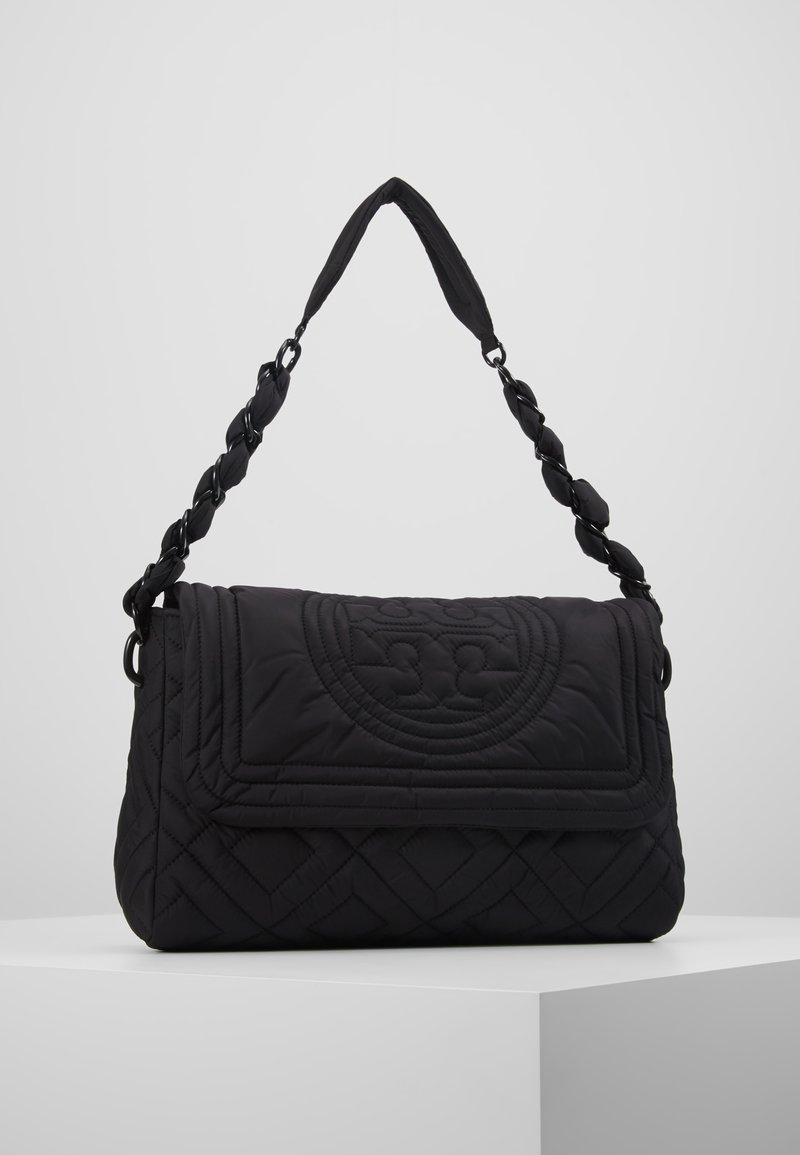 Tory Burch - FLEMING QUILTED SMALL FLAP SHOULDER BAG - Bolso de mano - black