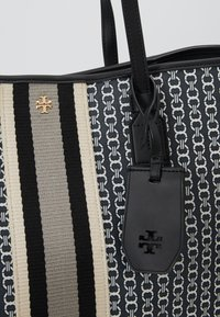 Tory Burch - GEMINI LINK TOTE - Shopper - black - 6
