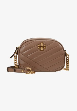 KIRA CHEVRON SMALL CAMERA BAG - Skulderveske - classic taupe