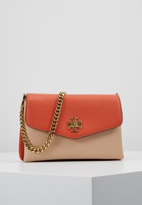 Tory Burch - KIRA COLOR BLOCK MINI BAG - Across body bag - lava - 0