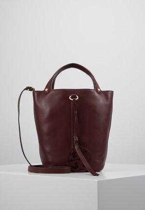 MILLER BUCKET BAG - Bolso de mano - port