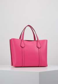 Tory Burch - PERRY SMALL TRIPLE COMPARTMENT TOTE - Bolso de mano - crazy pink - 2