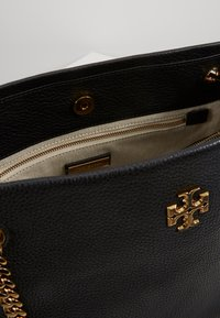 Tory Burch - KIRA TOTE - Handbag - black - 2
