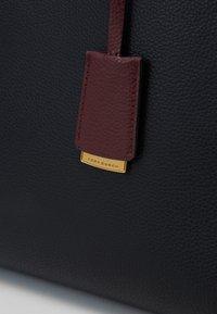 Tory Burch - WALKER TRIPLE COMPARTMENT SATCHEL - Handbag - black - 3