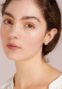 Tory Burch - STUD EARRING - Orecchini - ivory/tory gold-coloured - 1