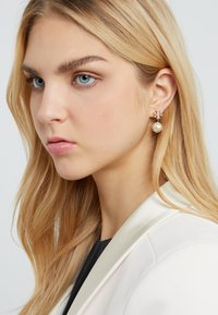 Tory Burch - LOGO DROP EARRING - Earrings - gold-coloured - 1