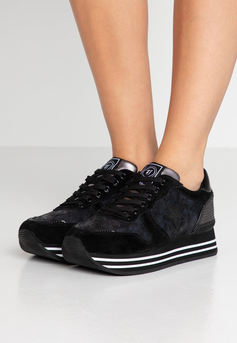 Trussardi Jeans - Sneaker low - black
