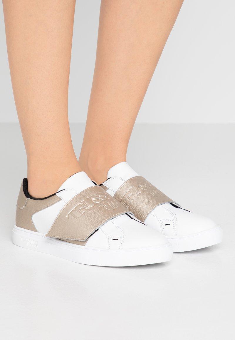 Trussardi Jeans - Zapatillas - white/platinum