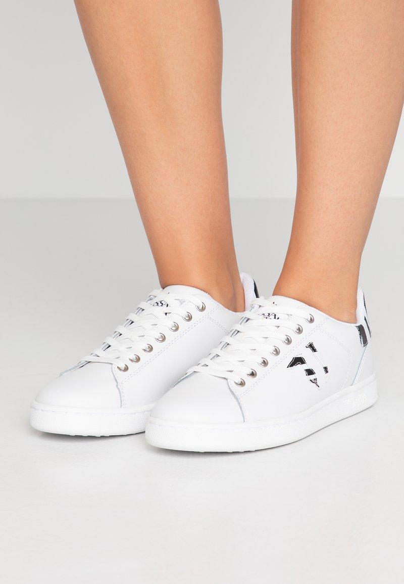 Trussardi Jeans - Baskets basses - white