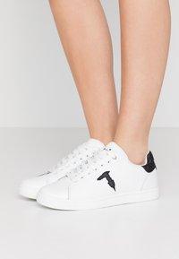 Trussardi Jeans - Trainers - white/black - 0