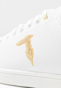 Trussardi Jeans - Trainers - white/gold - 2