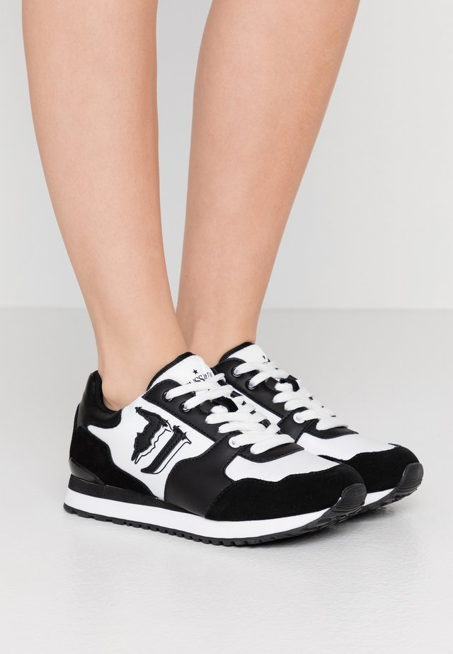 Sneakers - white/black