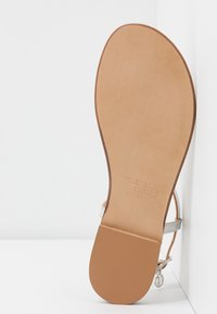 Trussardi Jeans - Sandaler m/ tåsplit - silver - 6