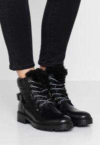 Trussardi Jeans - Stivaletti stringati - black - 0