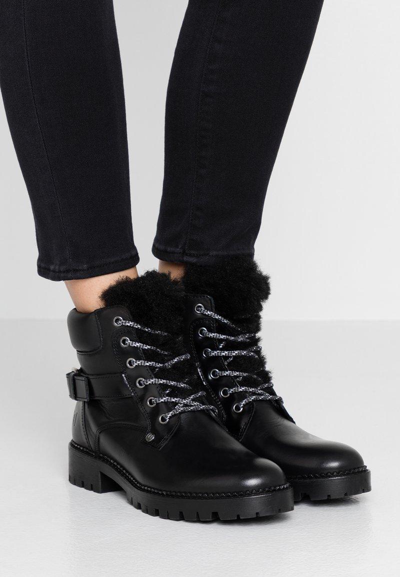 Trussardi Jeans - Stivaletti stringati - black