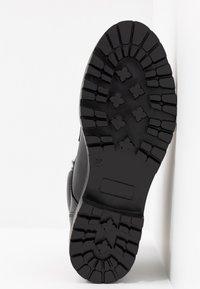 Trussardi Jeans - Stivaletti stringati - black - 6