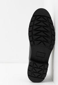 Trussardi Jeans - Zapatos de vestir - black - 4