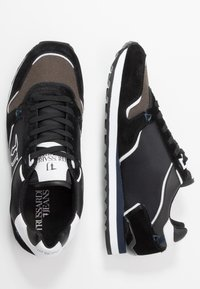 Trussardi Jeans - Baskets basses - anthracite/blue/navy - 1