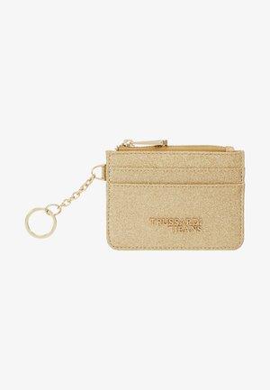 CLOE ZIP CARD KEYCHAIN GLITTER - Wallet - light gold