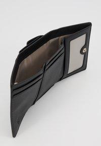 Trussardi Jeans - BELLA CONTINENTAL SAFFIANO - Peněženka - black - 5